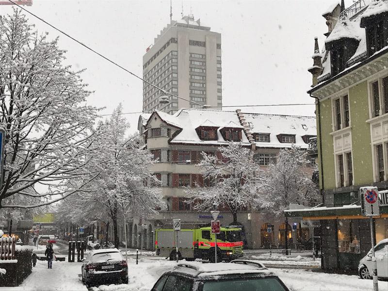 Bild zueri-nord.info Schnee in Oerlikon